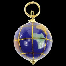 18K Stone Inlay 3D Globe Earth Retro Charm/Pendant Yellow Gold [CQXQ]