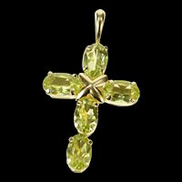 10K Peridot Cross Christian Faith Symbol Pendant Yellow Gold [CXQX]