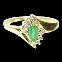 10K Marquise Emerald Diamond Accent Bypass Ring Size 5 Yellow Gold [CXQQ]