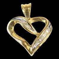 10K Classic Diamond Heart Love Symbol Pendant Yellow Gold [CXQQ]