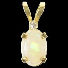 14K Oval Syn. Opal Diamond Accent Classic Pendant Yellow Gold [CXQC]