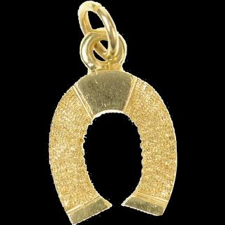 14K Retro 1960's Textured Horse Shoe Lucky Charm/Pendant Yellow Gold [CQXK]