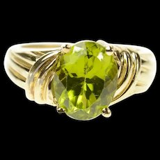 10K Oval Classic Peridot Solitaire Statement Ring Size 5.25 Yellow Gold [CQXK]