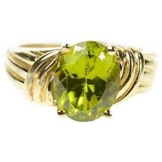 10K Oval Classic Peridot Solitaire Statement Ring Size 5.25 Yellow Gold [CQXF]