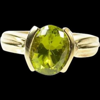 10K Ornate Oval Peridot Classic Statement Ring Size 8 Yellow Gold [CQXK]