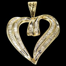 10K Baguette Diamond Encrusted Classic Heart Pendant Yellow Gold [CQXQ]