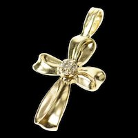 10K Classic Diamond Inset Curvy Design Cross Pendant Yellow Gold [CQXQ]