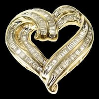 10K Wavy Baguette Diamond Channel Curvy Heart Pendant Yellow Gold [CQXQ]