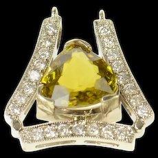 14K Trillion Sphene Diamond Curved Statement Pendant White Gold [CQXQ]