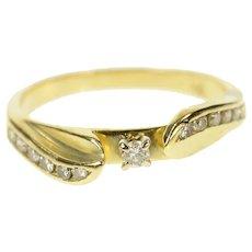 14K Classic Diamond Wavy Promise Engagement Ring Size 6 Yellow Gold [CQXK]