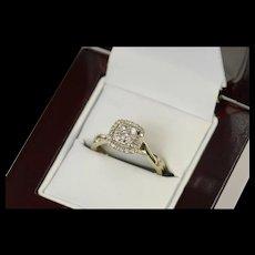 10K Cushion Diamond Halo Cluster Engagement Ring Size 5.75 White Gold [CQXK]