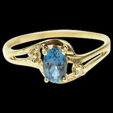 10K Oval Blue Topaz Diamond Accent Bypass Ring Size 7.25 Yellow Gold [CQXK]