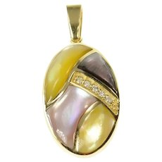 14K Oval Mother of Pearl Diamond Geometric Pendant Yellow Gold [CQXK]