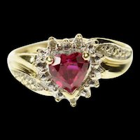 10K Heart Syn. Ruby Diamond Accent Statement Ring Size 7.25 Yellow Gold [CQXK]