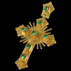 18K Natural Emerald Ornate Cross Christian Pendant Yellow Gold [CQXS]