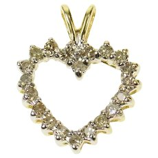 10K 0.30 Ctw Diamond Classic Heart Love Pendant Yellow Gold [CQQX]