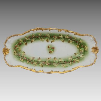 """Holly and Berry 11 ¾"""" Celery with Eggshell & Gold"""
