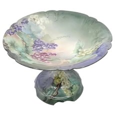 """Hand Painted 8 ½"""" Tazza with Green, Red and Purple Grapes"""