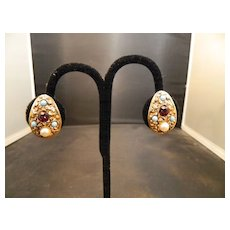 Vintage Florenza Gold Tone Clip On Earrings