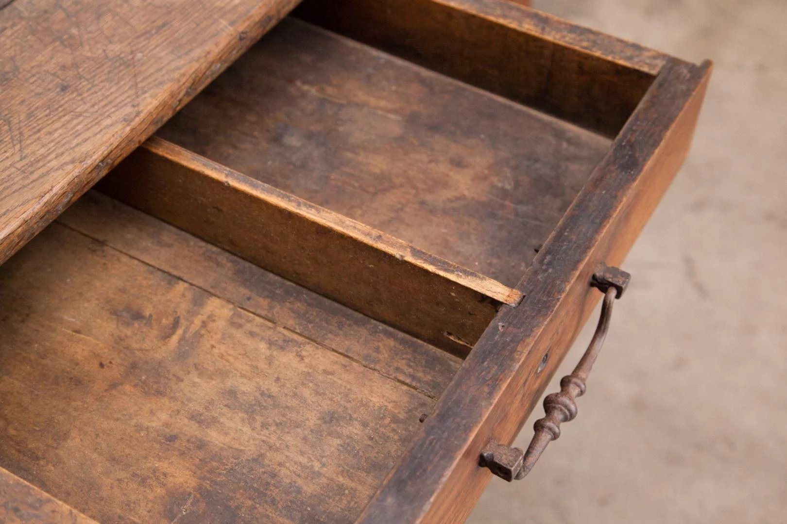 Trestle table desk france 18th century pegged drawer for Table th visible