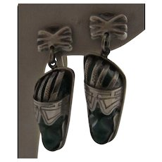 Finely Engraved Mexican Mask Sterling Silver and Green Stone Pendant Earrings, JHB
