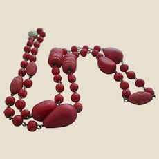 Gorgeous Vintage Simulated Red Coral Art Glass Necklace
