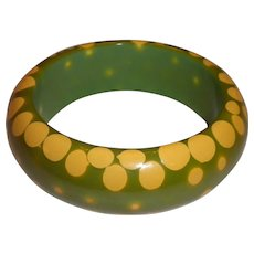 WIDEST & BEST 1950s Vintage Random Polka Dot Green & Yellow BAKELITE Bangle Bracelet