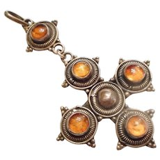 HANDSOME Vintage Sterling Silver & Gem Amber Cross Necklace PENDANT