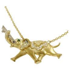 Vintage Diamond Emerald Elephant 18 Karat Yellow Gold Pendant Necklace