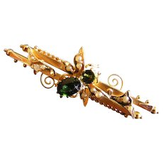 Australian Colonial Bee Brooch, Green Tourmaline Seed Pearl 15 k Gold