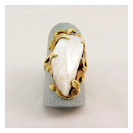 Ladies Elongated Baroque Pearl Ring