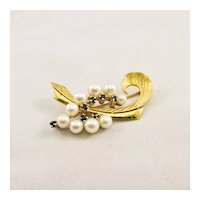 Vintage Cultured Pearl and Sapphire Brooch