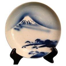 Japanese Antique 19th c Imari Porcelain Plate of 富士山  Mt. Fuji