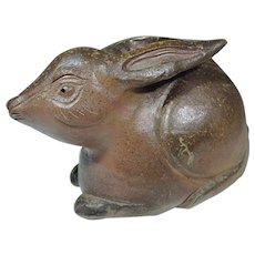 Japanese Bizen-yaki Pottery Okimono of a Rabbit by 1936 Olympic Bronze Metal Winner Fujita Ryuji