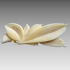 Japanese Antique Carved Bone Kimono Obidome of a Leaf with Obijime Cord  for Kimono Obi