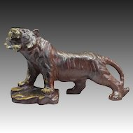 Japanese Vintage Bizen-yaki Pottery of a Courageous Tiger
