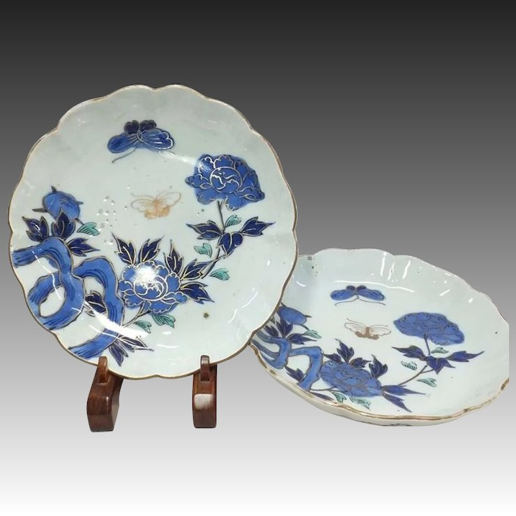 Pair of Japanese Antique Imari ??? Porcelain Nakazara Plates with Peony and Butterflies & Pair of Japanese Antique Imari ??? Porcelain Nakazara Plates with ...