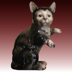 Lovely Little Vintage Japanese Neko or Cat Figurine