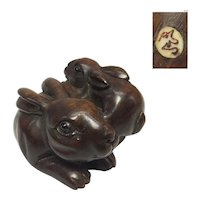 Japanese Vintage Wood Netsuke 根付 Pair of Rabbits