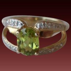 30% OFF Laura Ramsey 14K Peridot Diamond Ring
