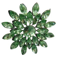40% OFF Vintage Light Green Floral Rhinestone Brooch