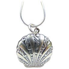 80's Sterling Seashell Locket NOS