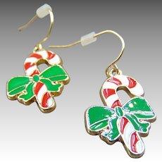 efe224abce4c Jo Jo s Gems.  259 USD SALE. 50% OFF Vintage Gold Tone candy cane earrings