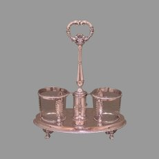 Early 19th cent. sterling French cruet frame