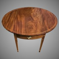 C. 1800 American Federal Period Pembroke Table