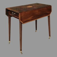 C. 1800 English Pembroke Table