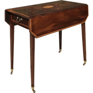 C. 1800 English Pembroke Table