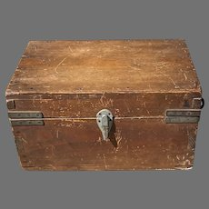 C. 1930 American Wooden Case
