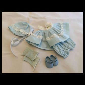 Complete Vogue Ginnette Outfit
