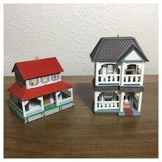 2 Vintage Dollhouse Dollhouses